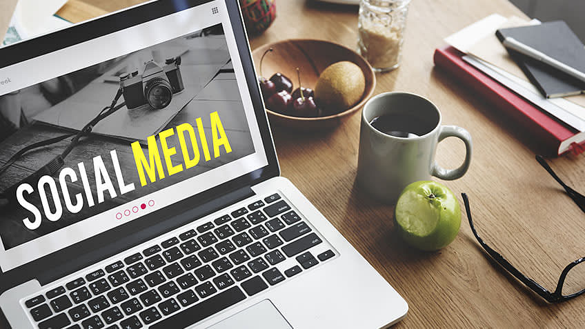 How to Leverage Social Media for Better Blog Content
