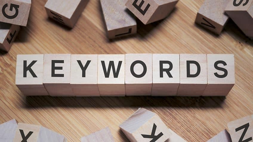 Another Way of Thinking about Keywords: Semantic vs Syntactic