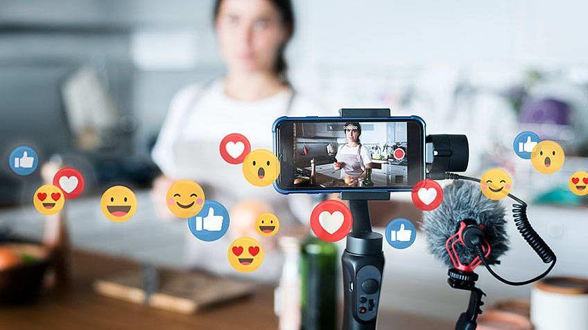 5 Tips for Going Live on Social Media